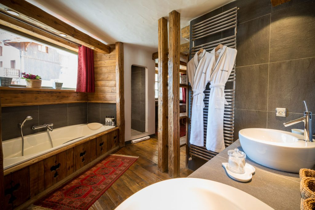 chalet-mathilda-val-disere-double-1-bath